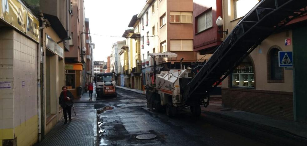 Villaviciosa pone en marcha un plan de asfaltado de calles en el casco urbano