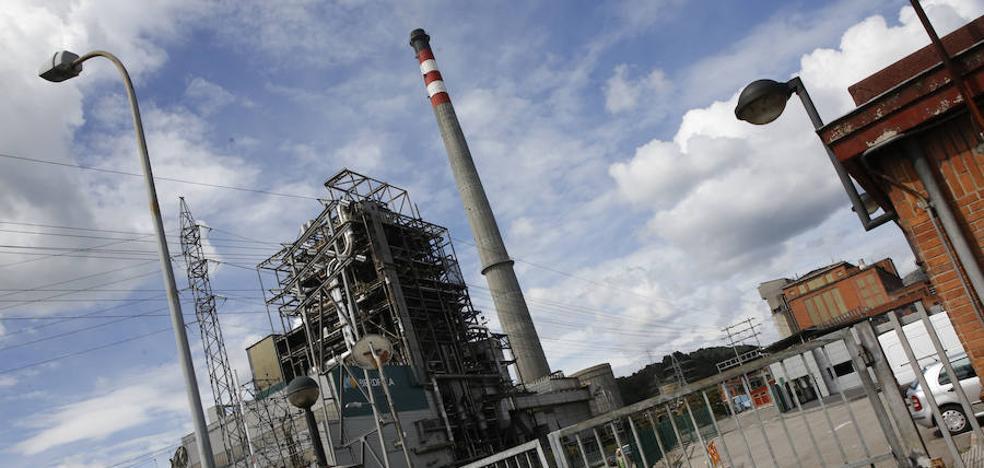 Energía regulará el cierre de las térmicas por «la vía legal que sea necesaria»