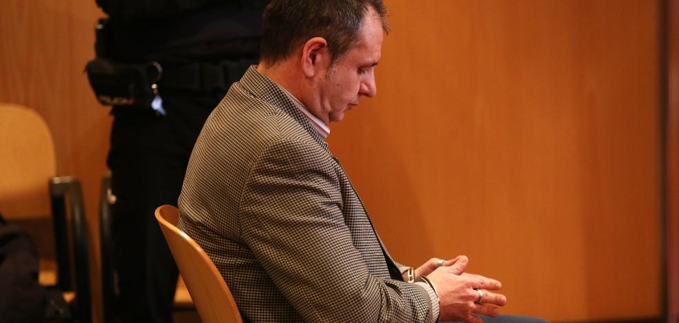 El confitero Julio Pardo, ingresado en el HUCA tras ingerir numerosas pastillas