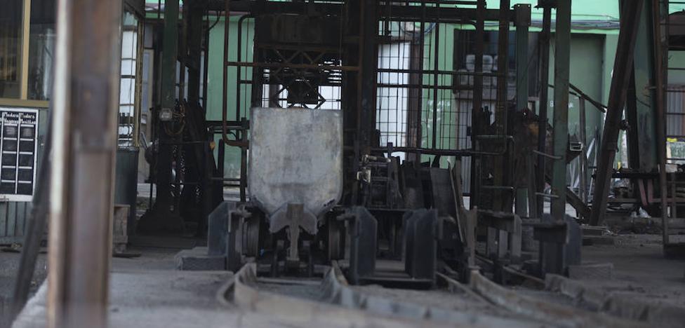 El Principado respalda la posición del ministerio y los sindicatos para que el carbón perdure más allá de 2018