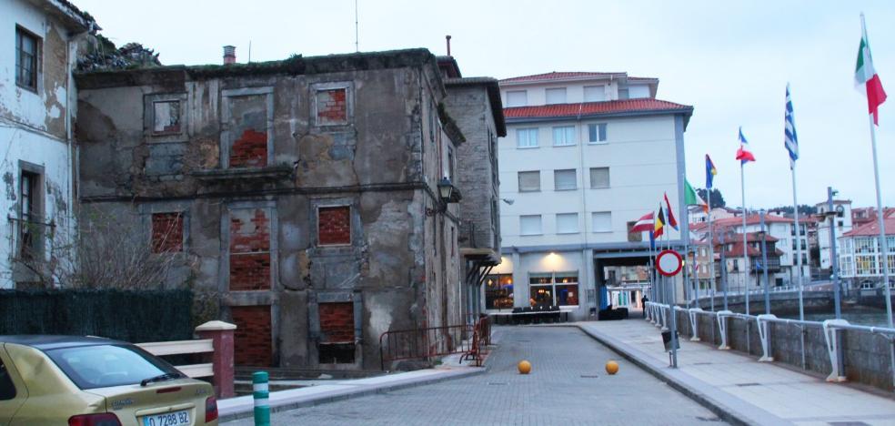 Gozón da luz verde a la restauración del edificio en ruina del paseo de La Ribera