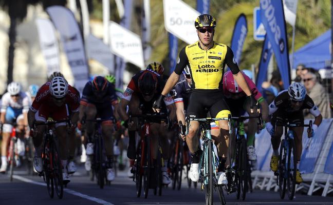 Van Poppel gana al esprint la primera etapa en Valencia