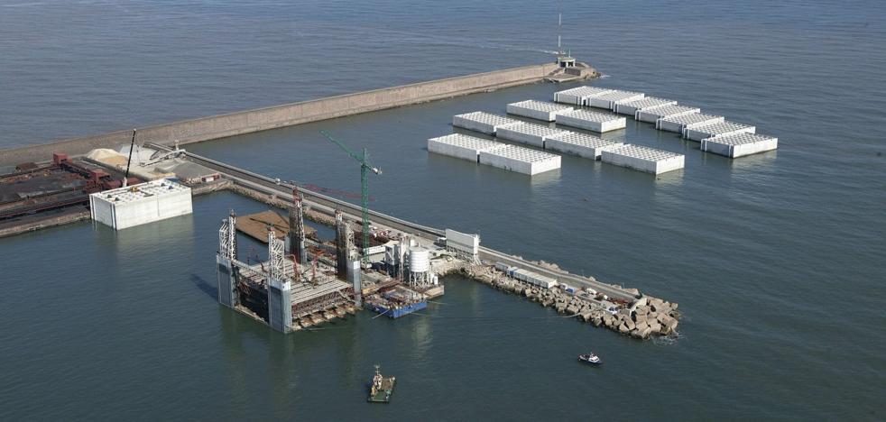 Una empresa pide permiso para instalar un proyecto de acuicultura con reos en El Musel