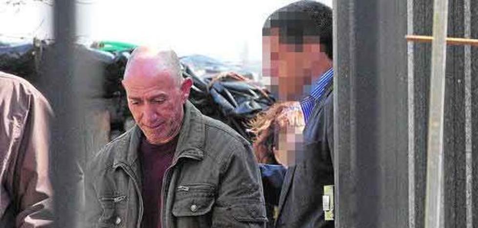 La defensa cree que «no hay pruebas» para que esté en la cárcel el 'violador del estilete'