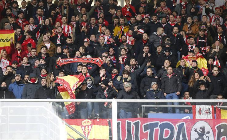 ¿Estuviste en el derbi asturiano: Real Oviedo - Sporting? ¡Búscate! (3)