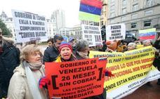 Venezolanos exigen a Maduro el pago de su pensión desde Oviedo