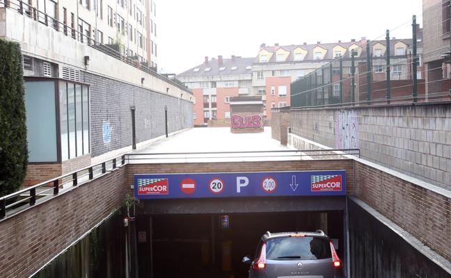 El 47% de las plazas de aparcamiento municipales siguen sin comprador