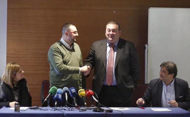 La FSA e IU quieren trasladar su acuerdo presupuestario a la prórroga