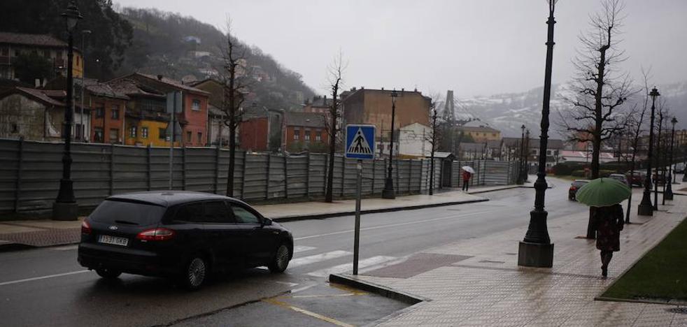 Fallece una mujer atropellada en un paso de peatones en La Felguera