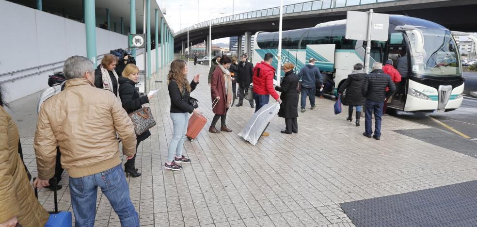 Temporal en Asturias: Cientos de afectados al cancelarse los trenes entre Asturias y León