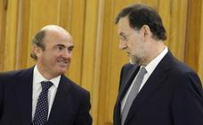Rajoy se la vuelve a jugar con De Guindos en Europa