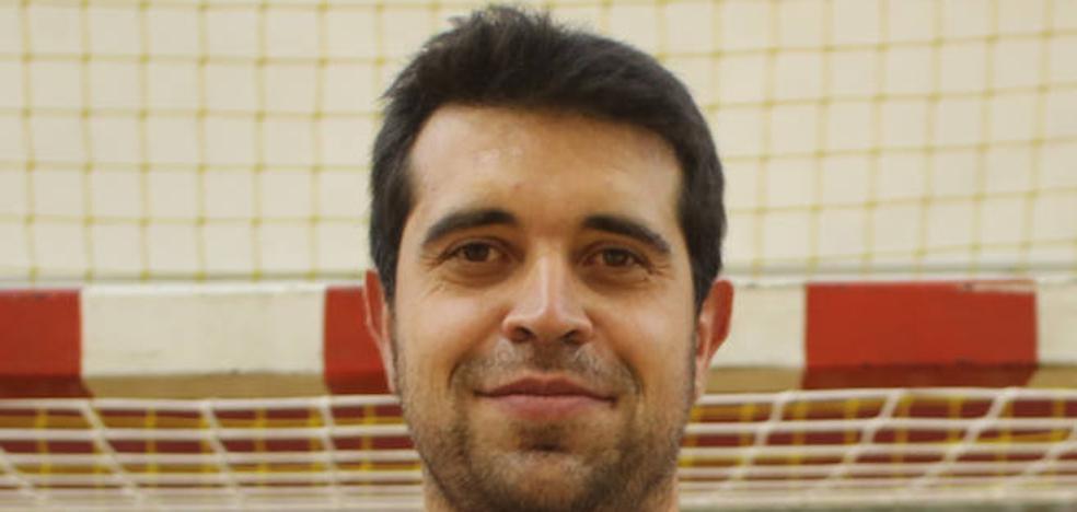 Carlos Prendes vuelve a la Liga Asobal