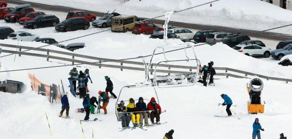 La estación de Pajares reabre con nieve de gran calidad