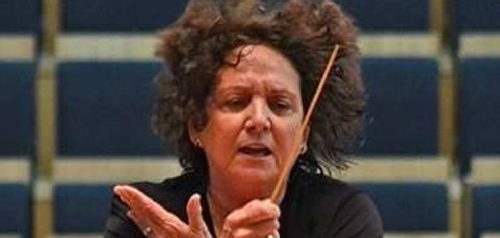 Muere Elena Herrera, pionera de las directoras de orquesta en Asturias