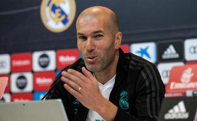 Zidane: «Quiero a Isco y quiero que se quede toda la vida aquí»
