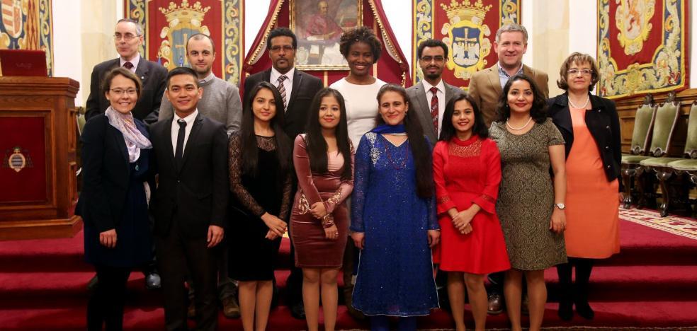 Once nuevos Erasmus Mundus de ocho países