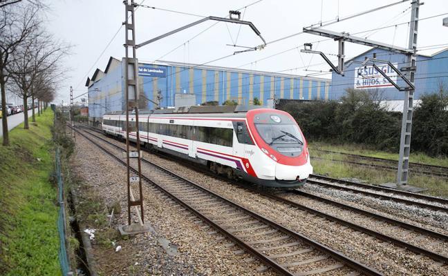 El Principado pide que en hora punta el tren circule de Oviedo a Gijón en dieciocho minutos