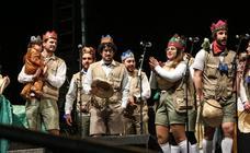 Carnaval de Avilés   La Liga de la Justicia inicia su mandato con un gélido acto de coronación