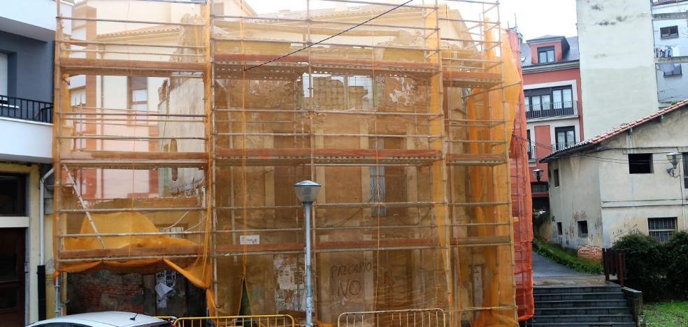 Derriban sin permiso un edificio catalogado de Les Campes