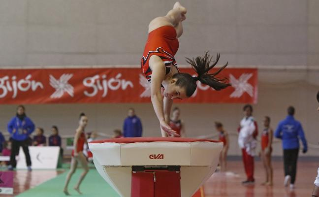 Las gimnastas de L'Hospitalet brillan en la jornada inaugural de la Liga Iberdrola