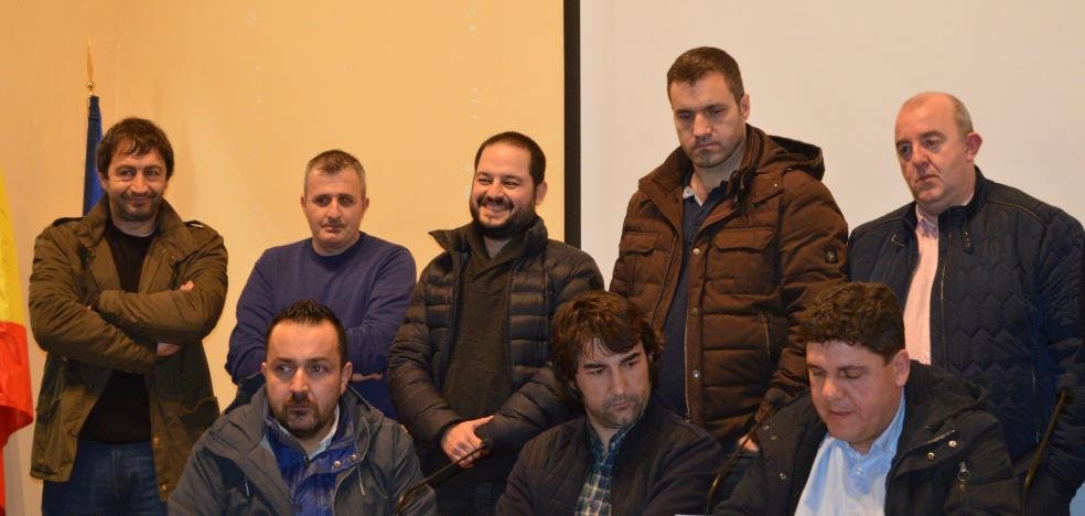 Tejón presidirá la Sociedad de Artesanos de Cangas con las cuentas saneadas