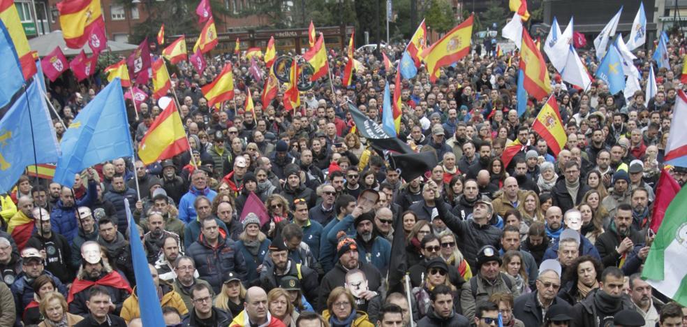 «Ni un euro menos que a los mossos»