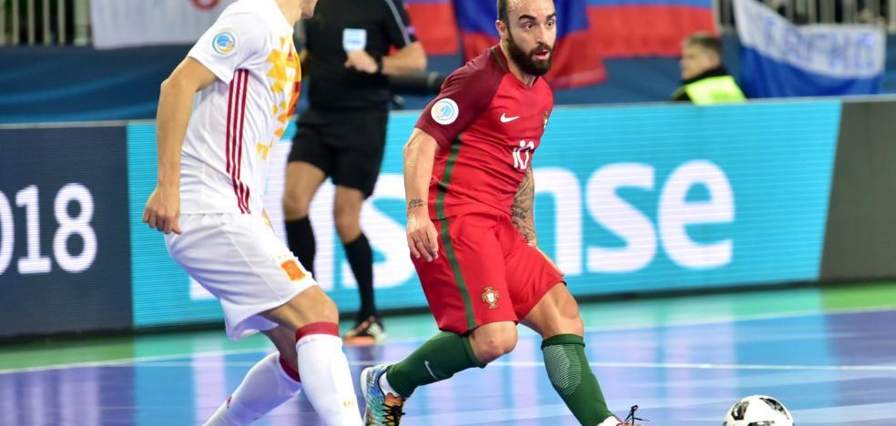 Portugal estrena título europeo a costa de España en un partido al límite (3-2)
