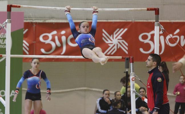 Las gimnastas grupistas brillan en la Liga Iberdrola