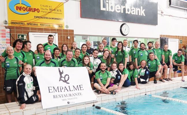 Los nadadores máster mantienen su hegemonía en el Trofeo Villa de Mieres