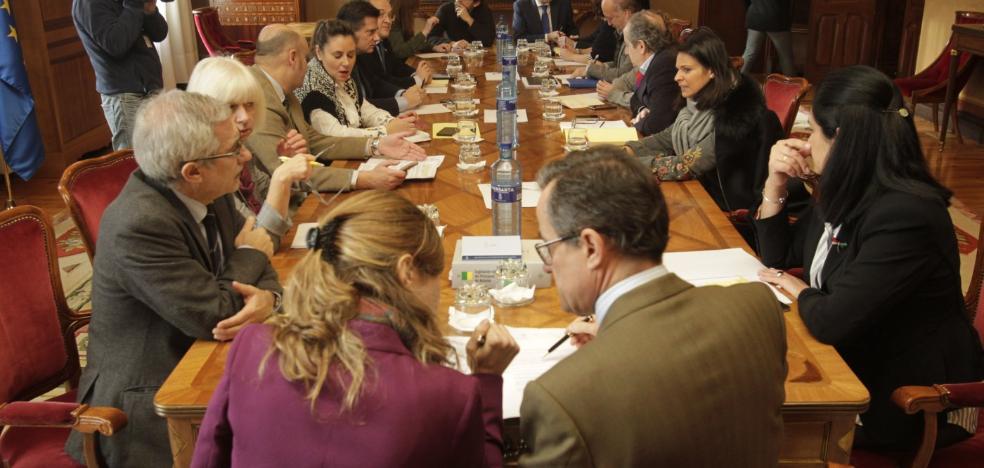 Los grupos reprochan a Rajoy el retraso en la reforma de la financiación autonómica
