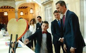 Un gran corazón de Avilés para Felipe VI