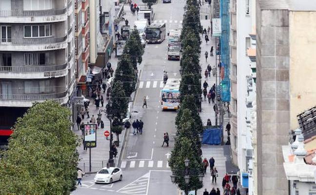 Las calles del desfile del antroxu de Oviedo se cortarán con obstáculos por seguridad