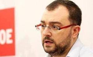 Adrián Barbón a los críticos: «A la nada no se contesta»