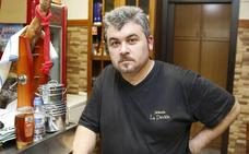 Multan con mil euros a un hostelero de Gijón por acoger ensayos de tonada en su local
