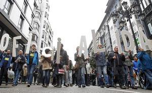 Recogen 11.000 firmas en internet contra la cooficialidad del asturiano
