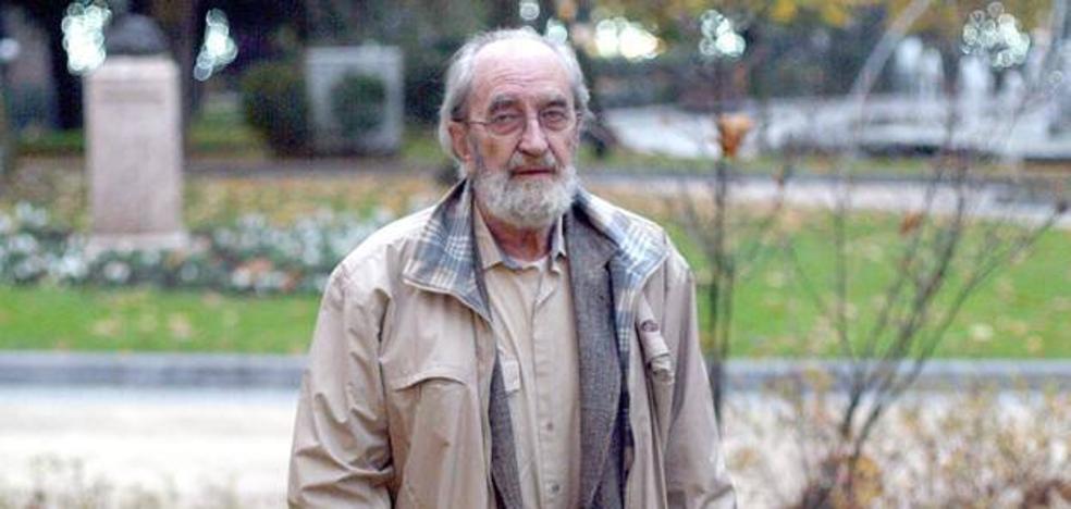 Izquierda Unida propone que el poeta Ángel González sea Hijo Predilecto de Oviedo