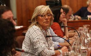 «El Ayuntamiento pierde el control sobre los comentarios babosos de un cantante cuando se sube al escenario»