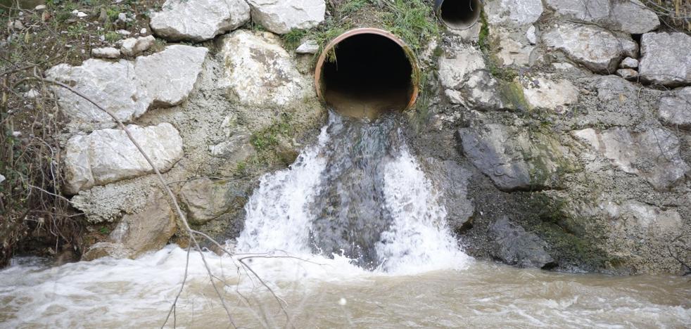 Fomento estudia canalizar ríos para reducir las filtraciones a la variante