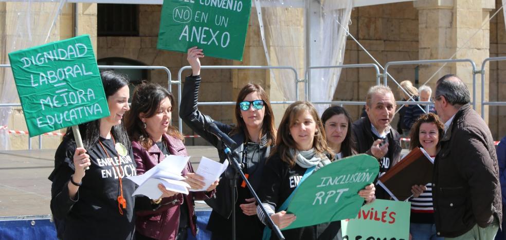 El PP pide al resto de partidos «sentarnos hasta dar solución a las educadoras»