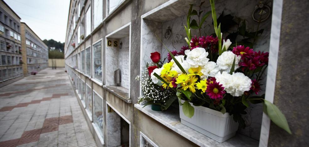 El Ayuntamiento de Corvera ofrece veinte nichos de nueva construcción en el cementerio de Nuña