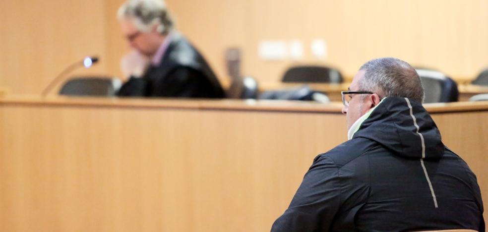 Condenado a 18 meses de cárcel por contratar un préstamo con los datos de su casero
