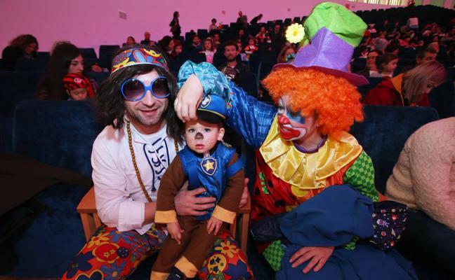 Oviedo vive un carnaval de cuento y comida