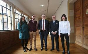 Tres asturianos obtienen una beca para trabajar en el Banco Interamericano de Desarrollo en EEUU