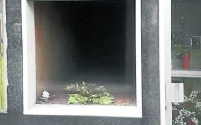 Denuncian el robo de lápidas en el cementerio de La Foz