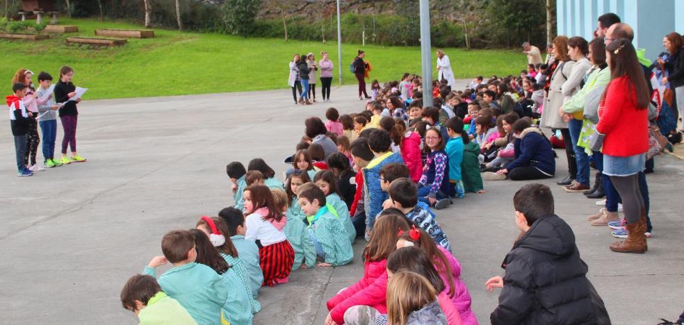 Los niños del colegio San Félix recaudan 950 euros contra el cáncer infantil