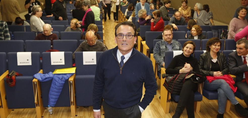 Ángel Mato: «El archivo de EL COMERCIO es clave para entender la historia de Gijón»