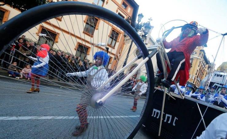 ¿Estuviste en el desfile de Antroxu de Oviedo? ¡Búscate! (2)