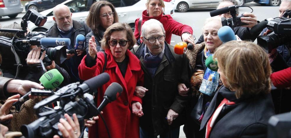 Las defensas de Villa y Castillejo preparan a contrarreloj sus propias auditorías contables