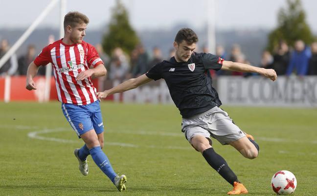 El Sporting B deja escapar al Bilbao Athletic con un punto