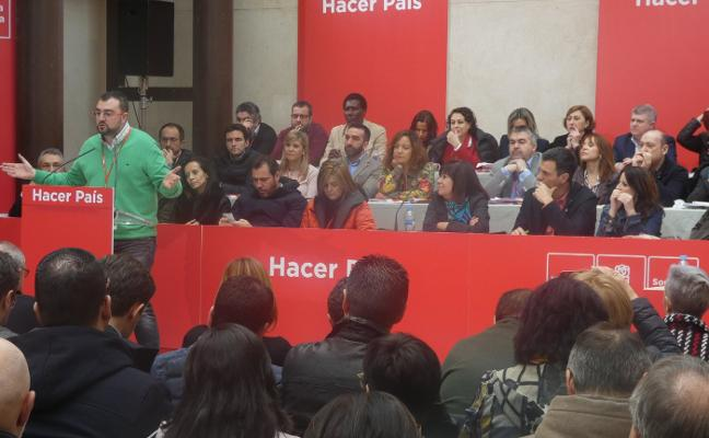 El PSOE deja fuera de su código ético los mensajes de Whatsapp